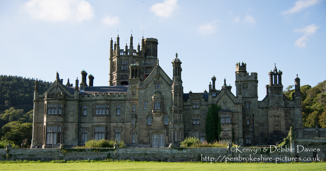 Built between 1830 and 1840, Margam Castle is actually a country house built in the Tudor Gothic style. It is currently used for location filming of Dr. Who and Da Vinci's Demons.