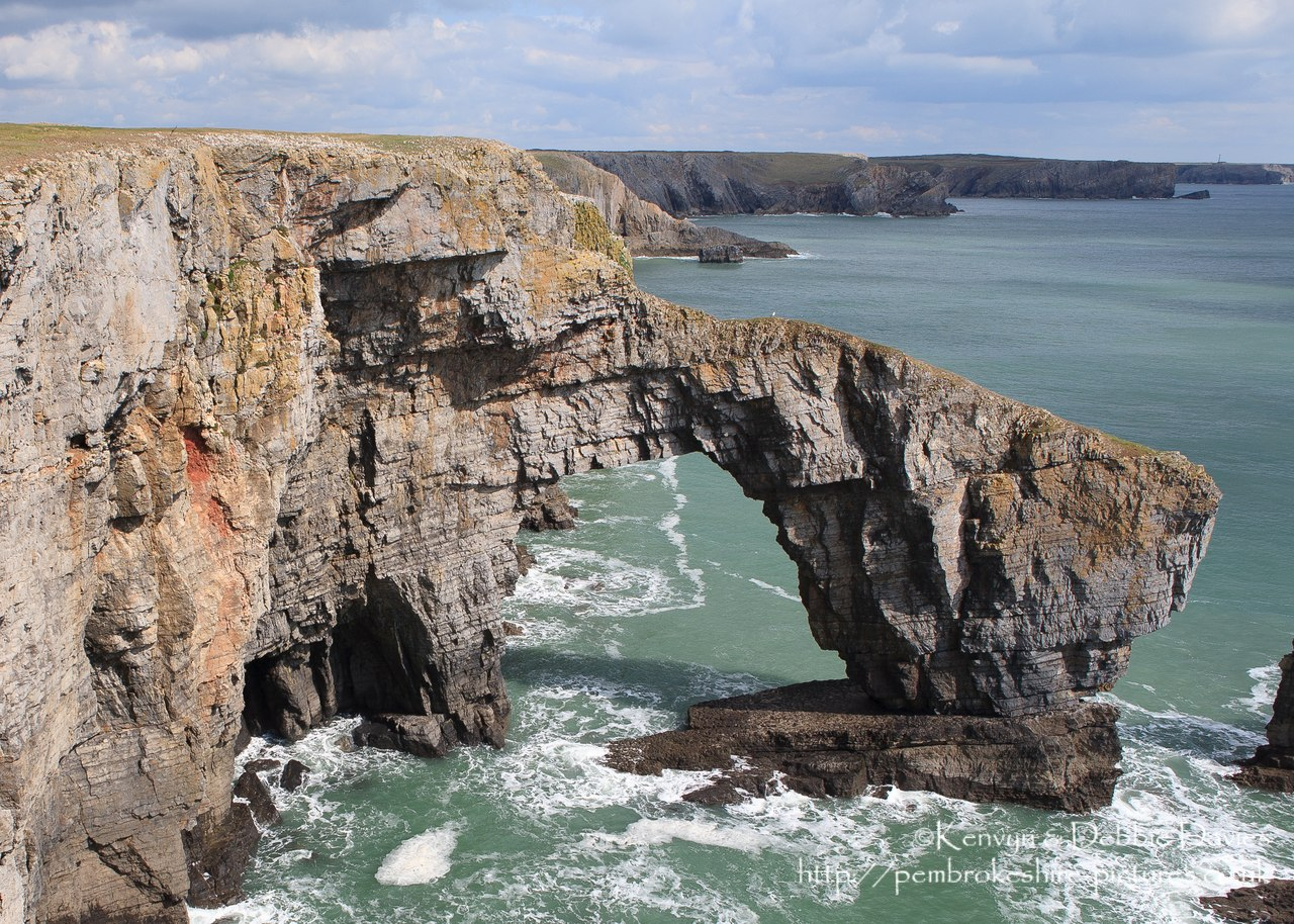 Image of The Green Bridge of Wales, Castlemartin ...