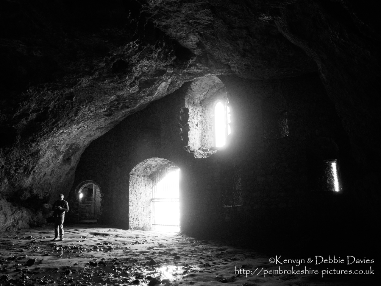 In the 13th century a 55-step spiral stairwell was created down to the natural cavern beneath the cavern, which gave access to the River Cleddau. The cavern was then believed to be used as a boathouse or sallyport.