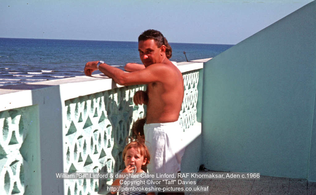 "William ""Bill"" Linford & daughter Clare Linford, RAF Khormaksar, Aden c.1966"