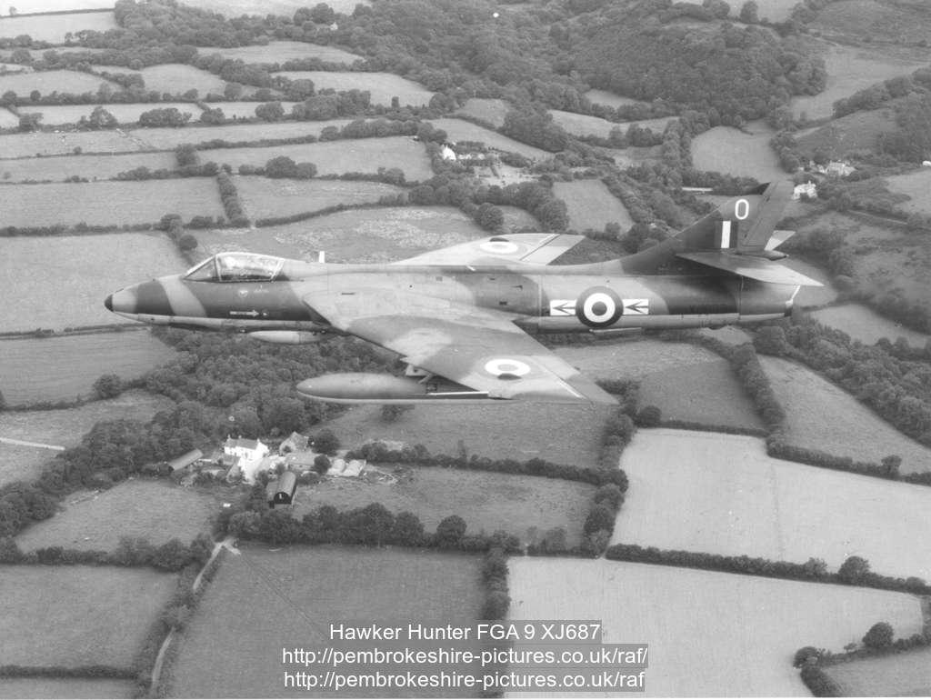 Hawker Hunter FGA 9 XJ687