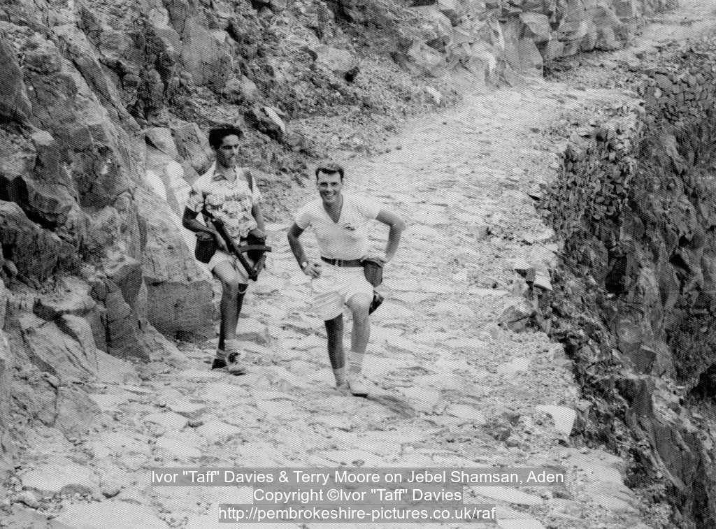 "Ivor ""Taff"" Davies & Terry Moore on Jebel Shamsan, Aden"