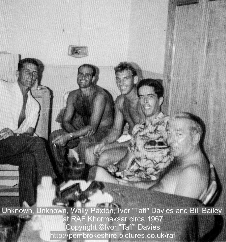 "Unknown, Unknown, Wally Paxton, Ivor ""Taff"" Davies and Bill Bailey 