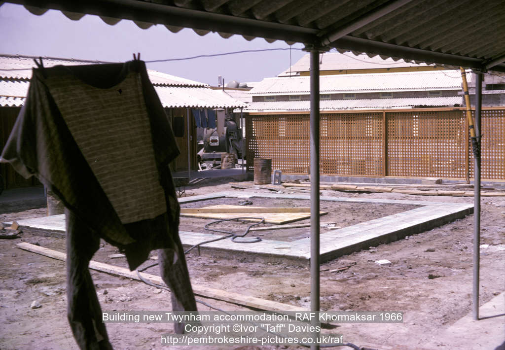 Building new Twynham accommodation, RAF Khormaksar 1966