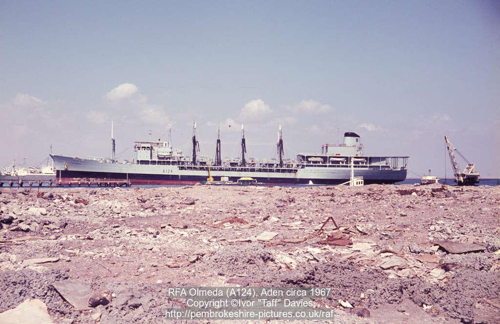 RFA Olmeda (A124), Aden circa 1967