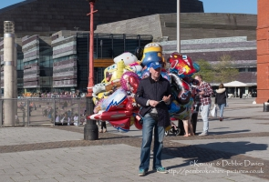 Balloon vendor in Cardiff Bay