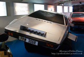 "1976 Lotus Esprit S1 from ""The Spy Who Loved Me"""