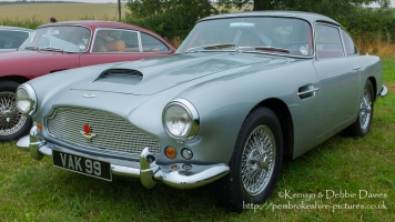Aston Martin DB4 at Carfest 2013
