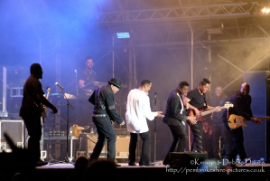 The Jacksons at CarFest 2017