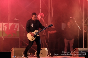 Manic Street Preachers at CarFest 2017