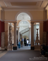 Built in 1678?1683, The Ashmolean Museum of Art and Archaeology in Oxford is the oldest university museum in the world.